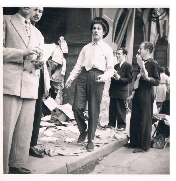 Jean-Pierre à la Foire aux Poètes, 17 mai 1951.